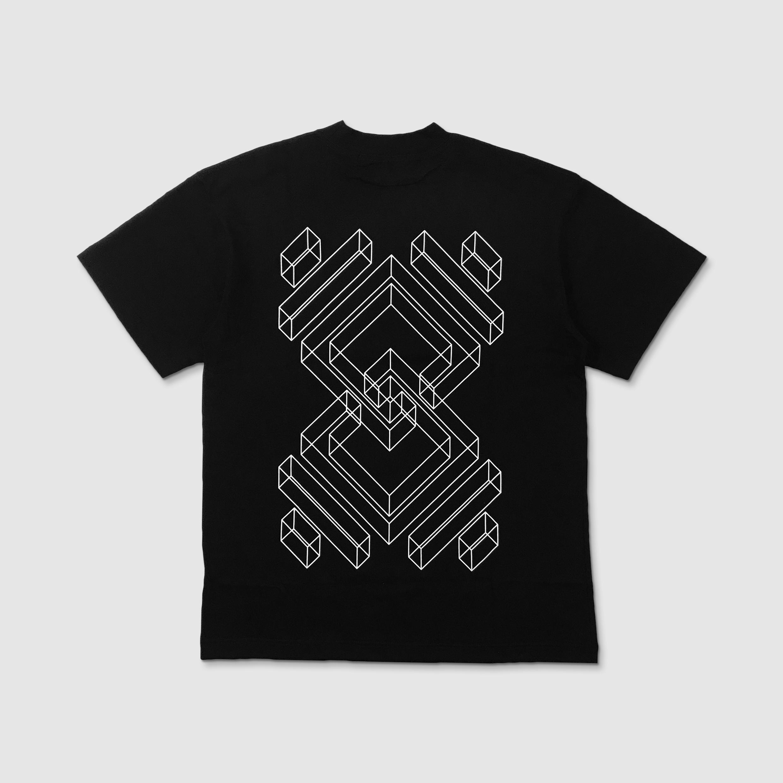 Oversized T-shirt Unity 3D Outline